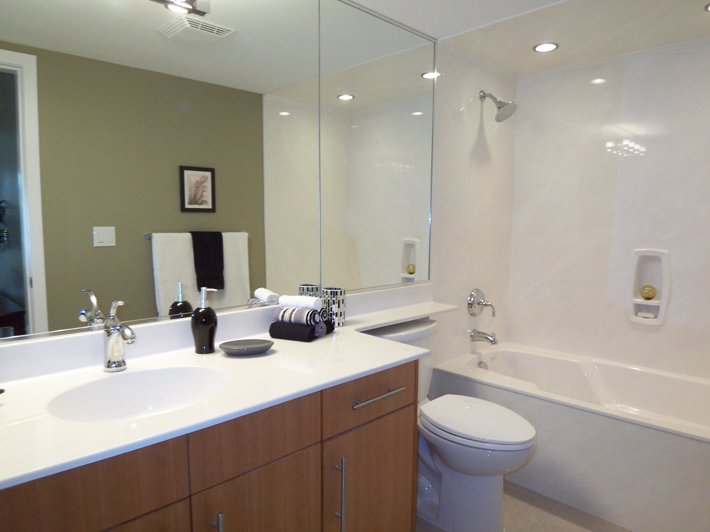 precision_marble_cultured_bathroom_countertop__Victoria-home-renovations